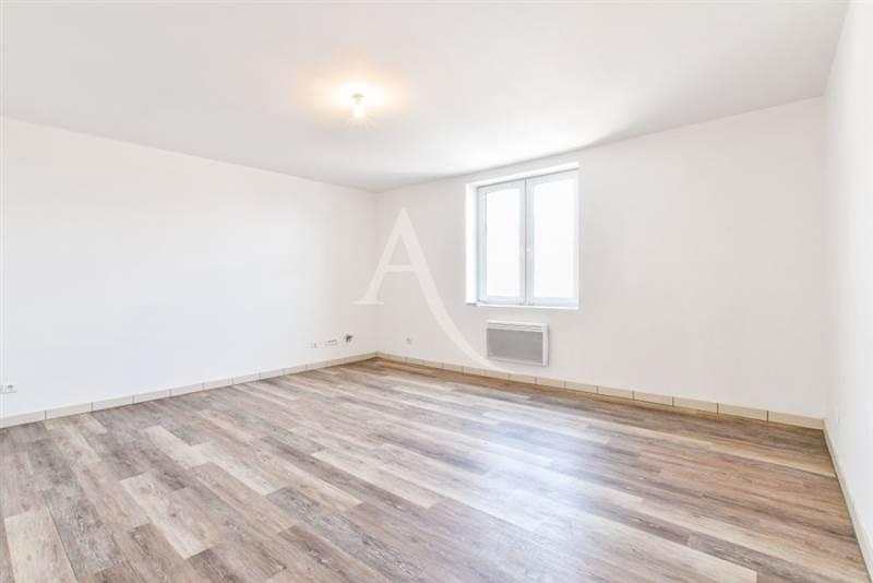 Location Appartement 3  pièces 54  m², Guignes (77390)