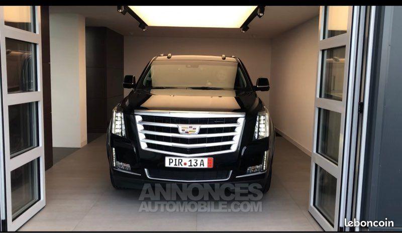 En Vente : Cadillac ESCALADE, 01/2019, 19.000km  au prix de 79.990 € TTC chez 60 SECONDES CHRONO
