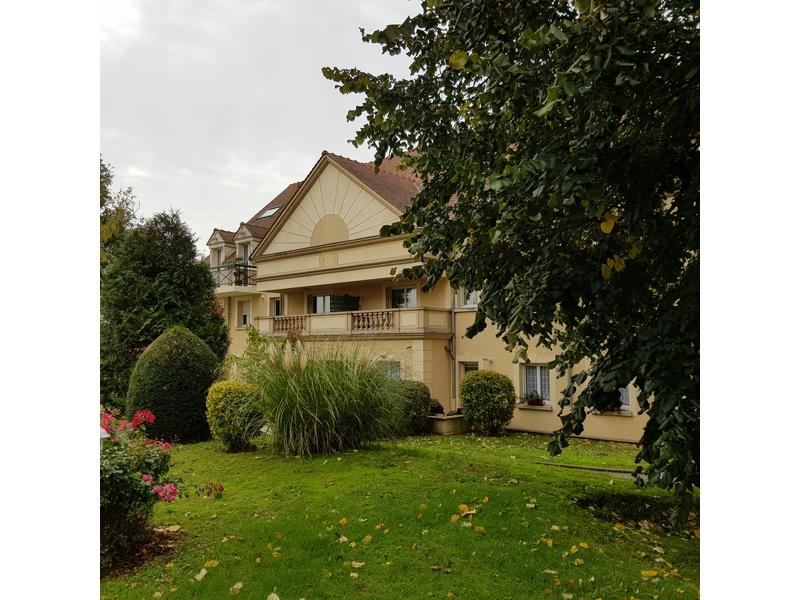 Achat appartement 58 m2 Brie-Comte-Robert (77170), 3 pièces