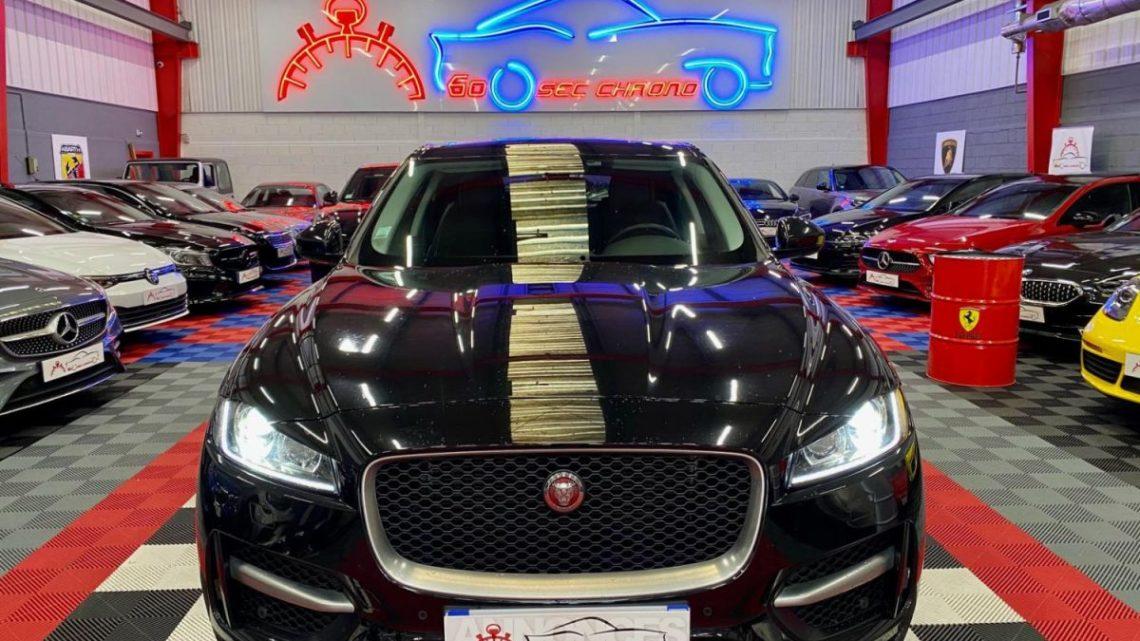 En Vente : Jaguar F-Pace 2.0D 180 R-sport, 02/2018, 73.000km  au prix de 36.900 € TTC chez 60 SECONDES CHRONO